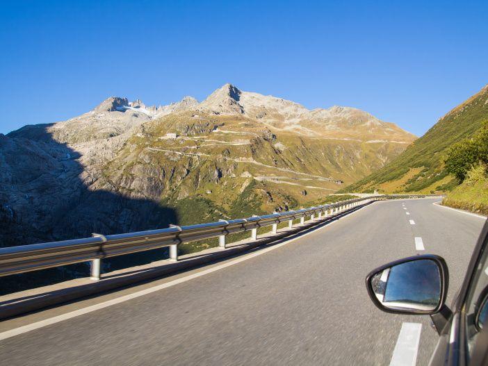 Bergab fahren: Darauf sollten Sie achten