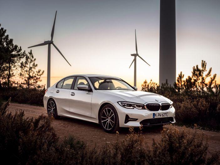 Optimierter Plug-in-Hybrid: Der neue BMW 330e