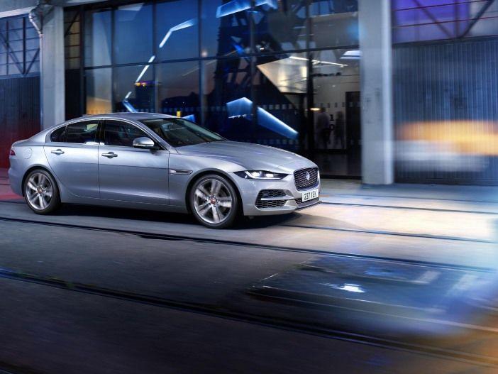 Überarbeitete Sportlimousine: Der neue Jaguar XE