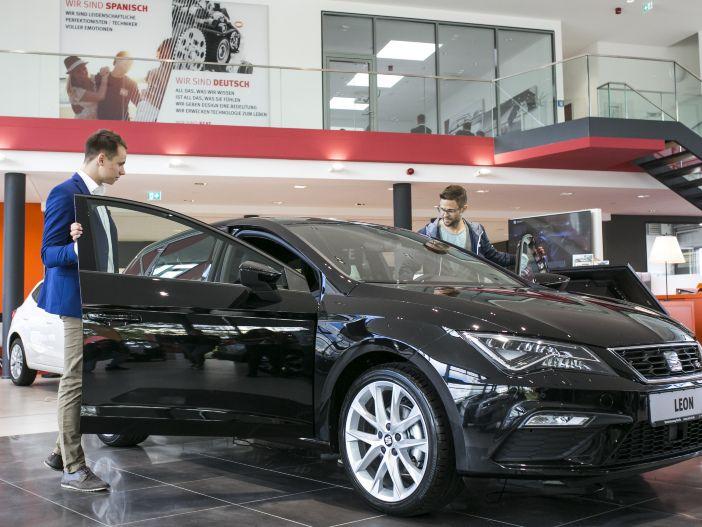 Auto Leasing - Vielfältige Optionen: Seat bietet neue Ausstattungslinien für den Leon