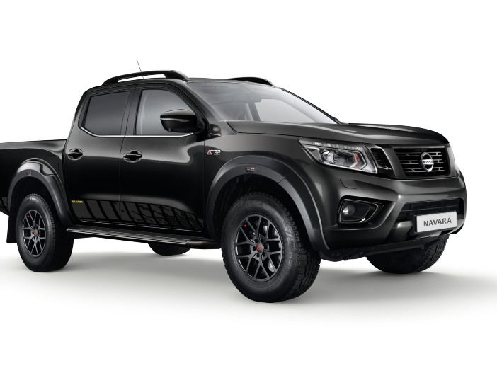 Offroad-Pickup in Extremform: Der neue Nissan Navara N-Guard Off-Roader AT32