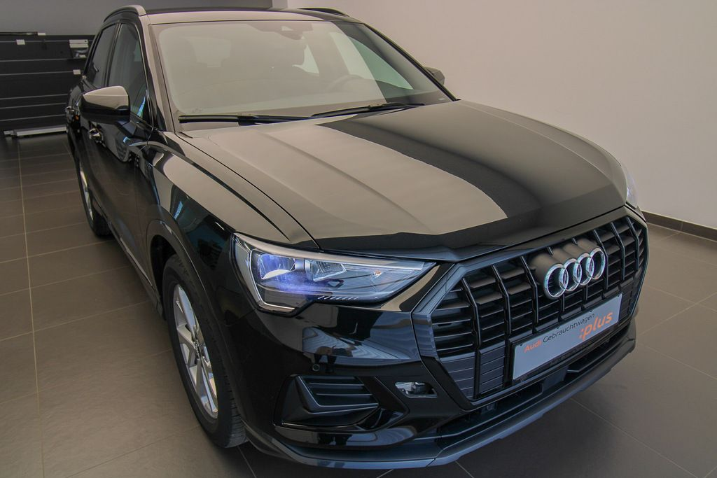 Audi Q3 - advanced 35 TDI s-tronic (NP 52T€)