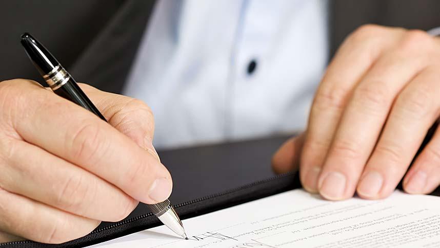 Auto Leasing - Vertrag unterschreiben